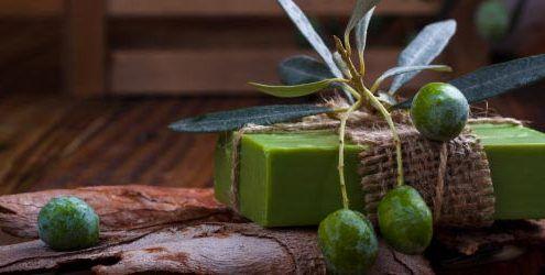 Cómo hacer jabón corporal de aceite de oliva